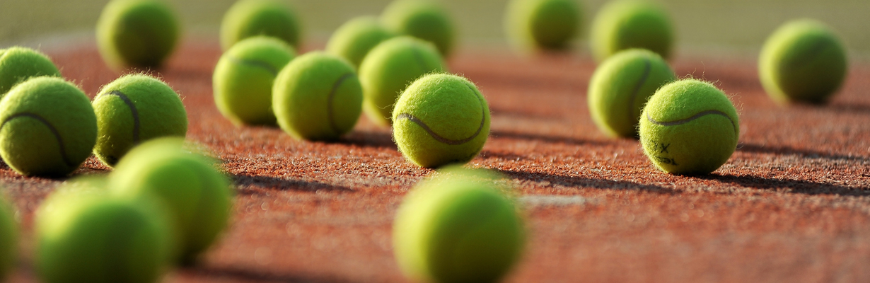 Swiss Tennis  compétitions officielles balles juniors et Adultes